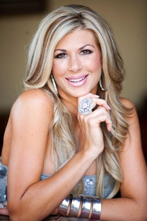Alexis Bellino -----love her hair --it always looks perfect