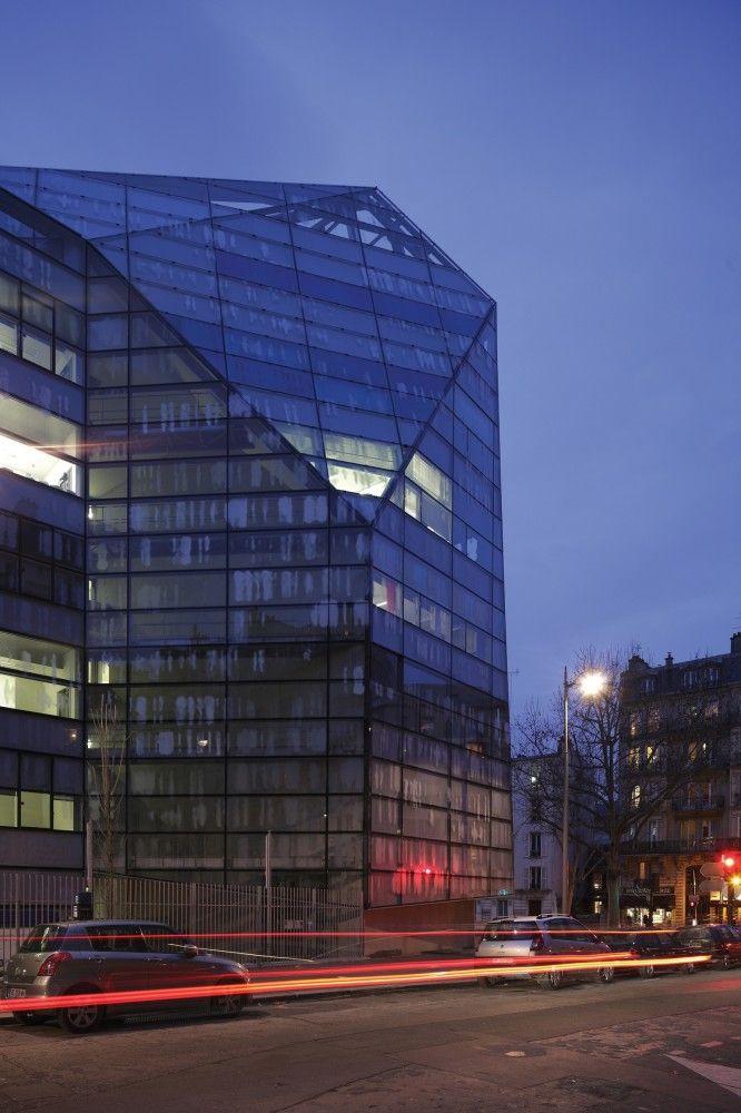 Imagine Institute / Valero Gadan Architectes + Ateliers Jean Nouvel