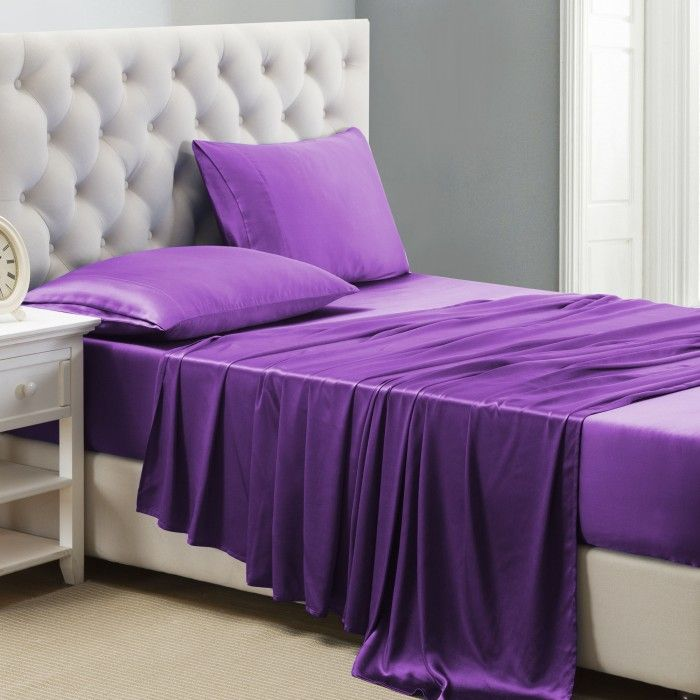 les 25 meilleures id es concernant le tableau lit violet. Black Bedroom Furniture Sets. Home Design Ideas