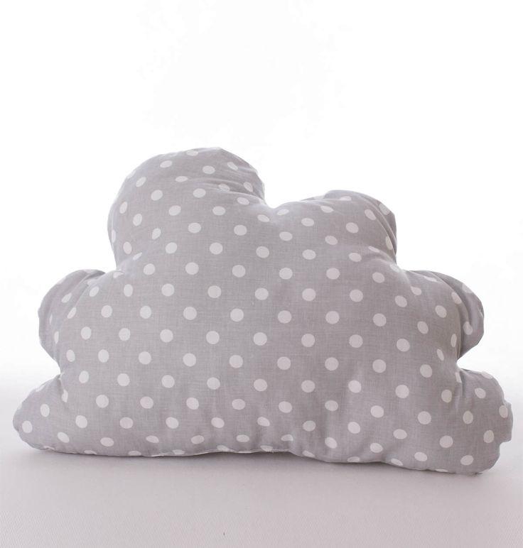 Poduszka chmurka w białe groszki. Wymiary: ok 33x50cm. Ręcznie wykonane. Materiał: 100% bawełna.