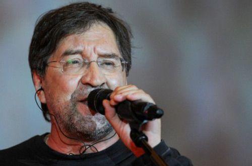 Юрий Шевчук посвятил песню «Ветер» погибшим в авиакатастрофе А321 (+видео)