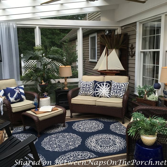 omg....love this, can hardly wait until we finish closing in the back porch....blue, definitely blue and white!!