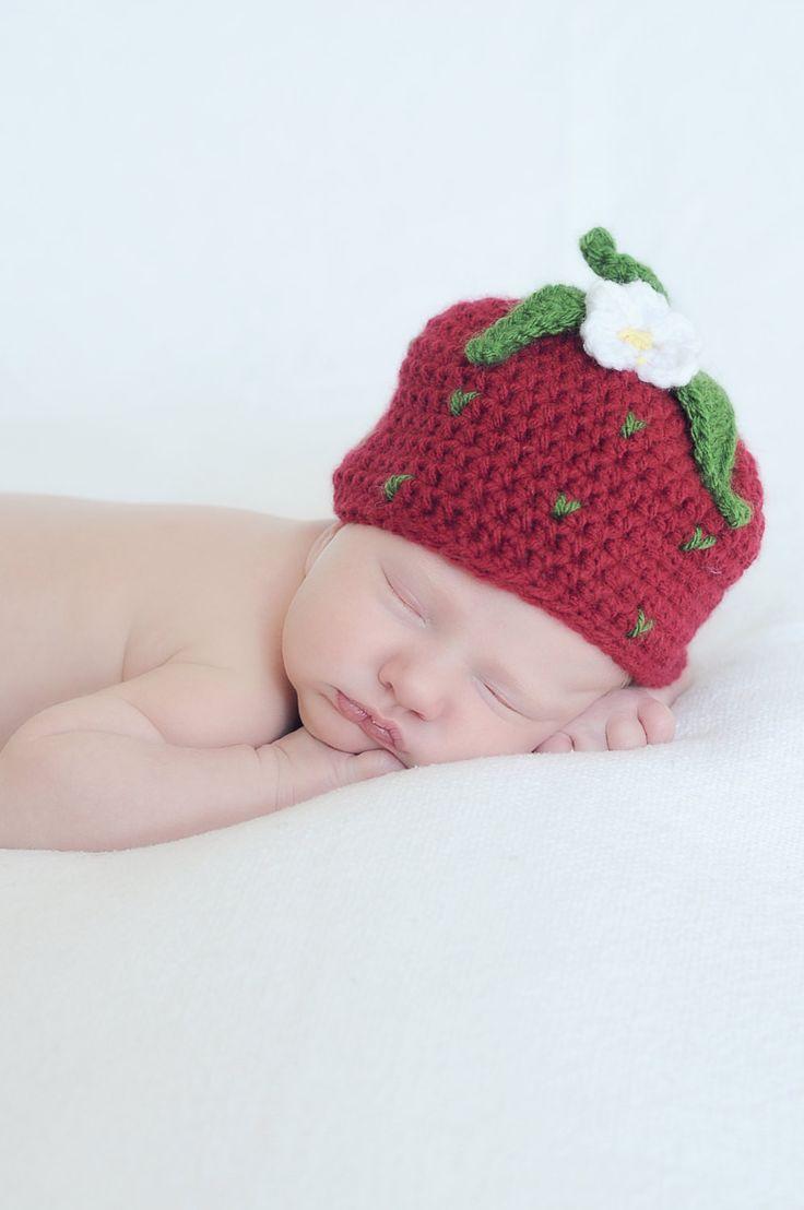 Crochet Strawberry Hat - Girls Red Strawberry Beanie - Newborn Photo Prop - Baby Strawberry - Girl Baby Shower Gift - Summer Hat - Child Hat