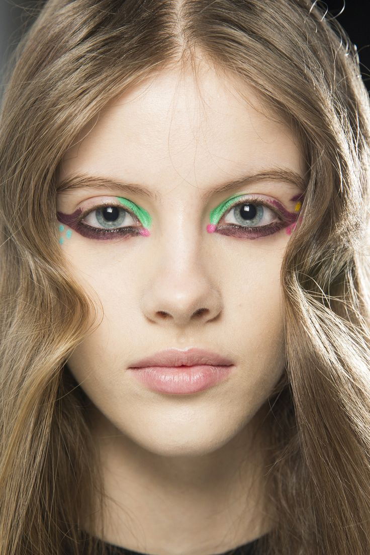 Fendi Fall 2016 Ready-to-Wear Beauty Photos - Vogue