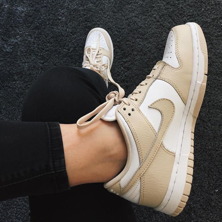 Sneakers women - Nike Dunk low (©otatie)