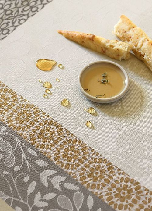 Stain-resistant French linens from Le Jacquard Francais, love the easy care.
