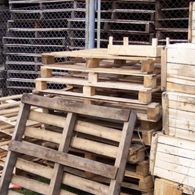 1000 Ideas About Wood Pallet Fence On Pinterest Pallet