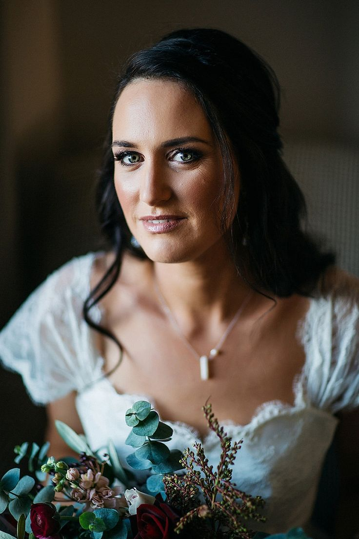 A Spectacular Rustic Chic Queenstown Wedding by Kate Drennan Photography - PAPER…