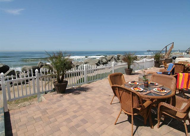 Charming Beach Rental P538-6 | Beachfront Only Vacation Rentals