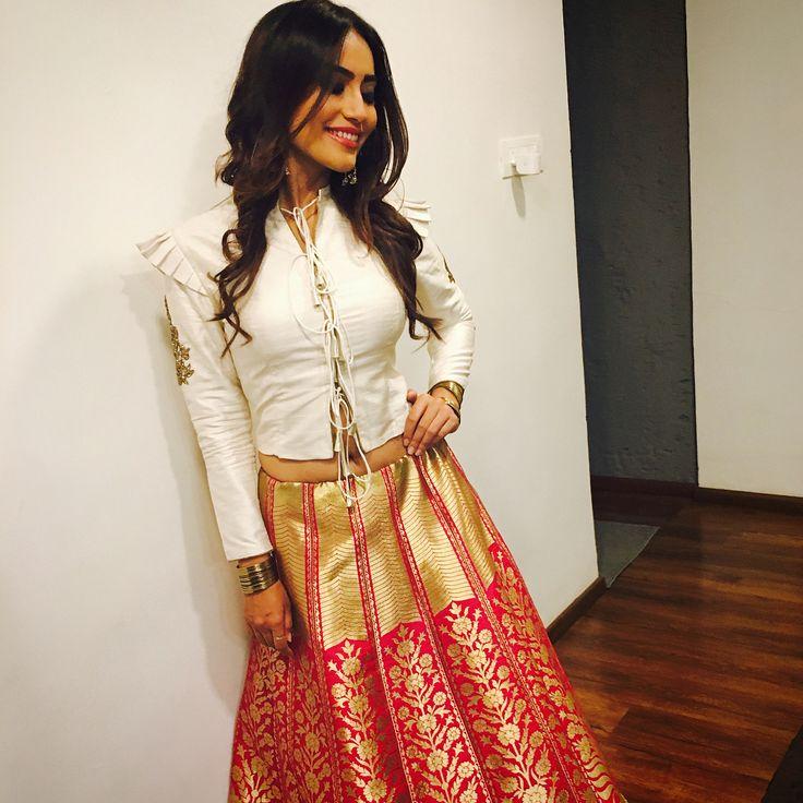 "8,518 Likes, 124 Comments - Surbhi Jyoti (@surbhijyoti) on Instagram: ""Posing before Pooja and Kunal's engagement congratulations @poojabanerjee and @Kunalverma …"""