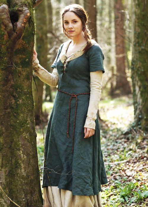 Sophie Rundle i Merlin