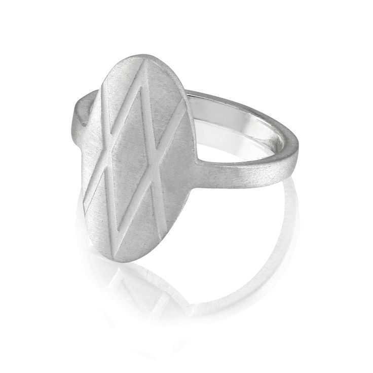 V Ring Silver