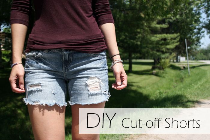 DIY Cut Off Denim Shorts