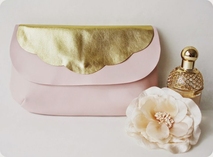 1000 best diy couture sacs pochettes trousses images on pinterest clutch bags clutch bag. Black Bedroom Furniture Sets. Home Design Ideas