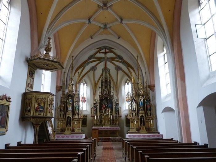 Katholische Kirche St. Peter - Taching am See, Lk Traunstein, Bayern, Germany                                                                                                                                                                                 Mehr