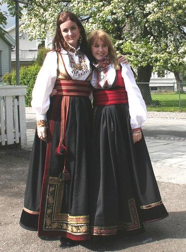 Norwegian ladies wearing bunads.