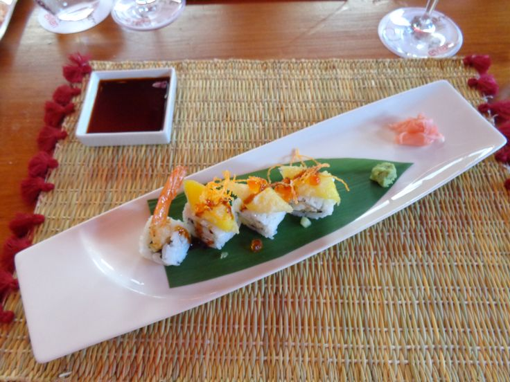 Cheese sushi with mango @ Restaurant Carpe Diem Lounge Club [CDLC]