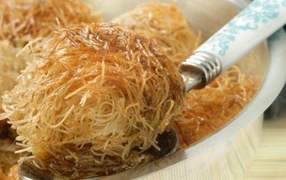 Ricci di patate e gorgonzola - Ricetta per i ricci di patate e gorgonzola, un antipasto molto carino da vedere e che avrà la forma di un riccio percè sarà preparato con i capelli di angelo.