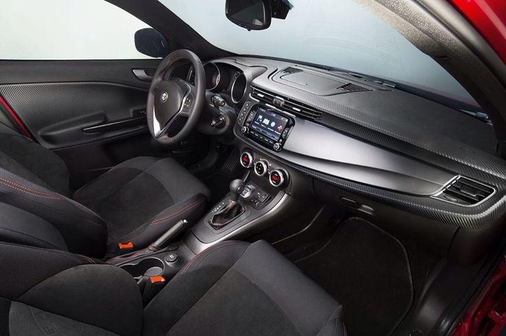 Komfort i esencja włoskiego stylu! Skonfiguruj własną Giuliettę na www.alfaromeo.pl/pl/modele/giulietta #AlfaRomeo #Giulietta