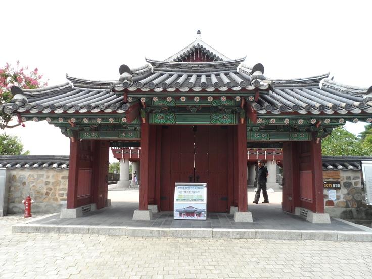 한국카메라 한국을 담다-10일차 Photo by LeeJuDot / Samsung MV800 / in JinjuCastle Detail : http://www.cyworld.com/LeeJuDot/3469614
