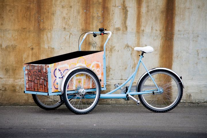 A tricycle. Nice!