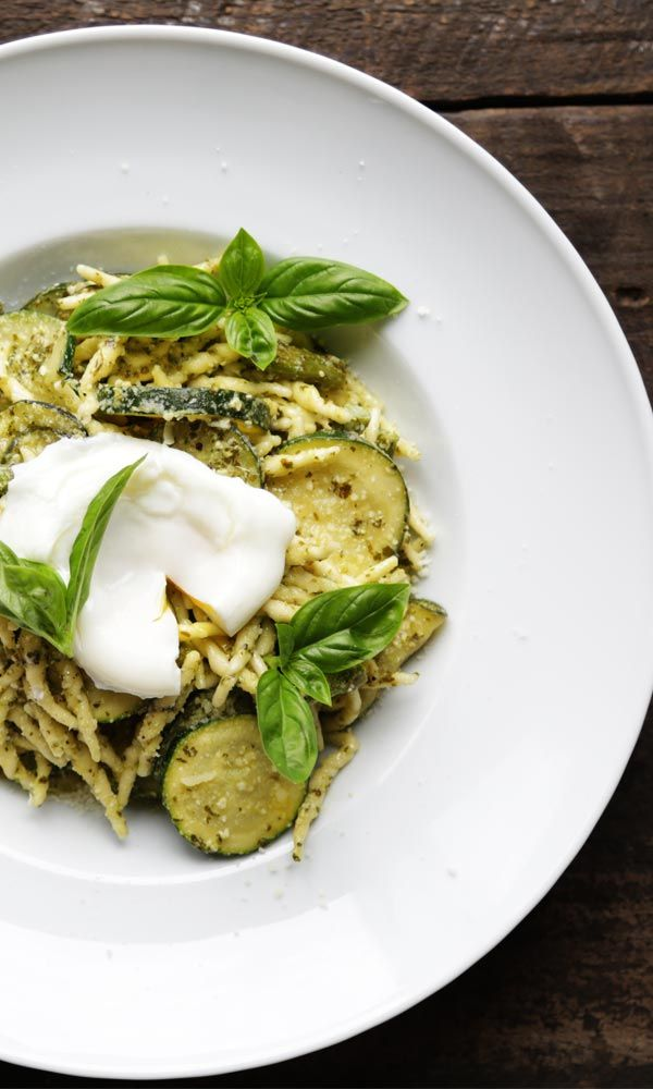 Creamy Pesto Pasta with Vegetables - White Asparagus, Green Asparagus, Zucchini and Poached Egg!