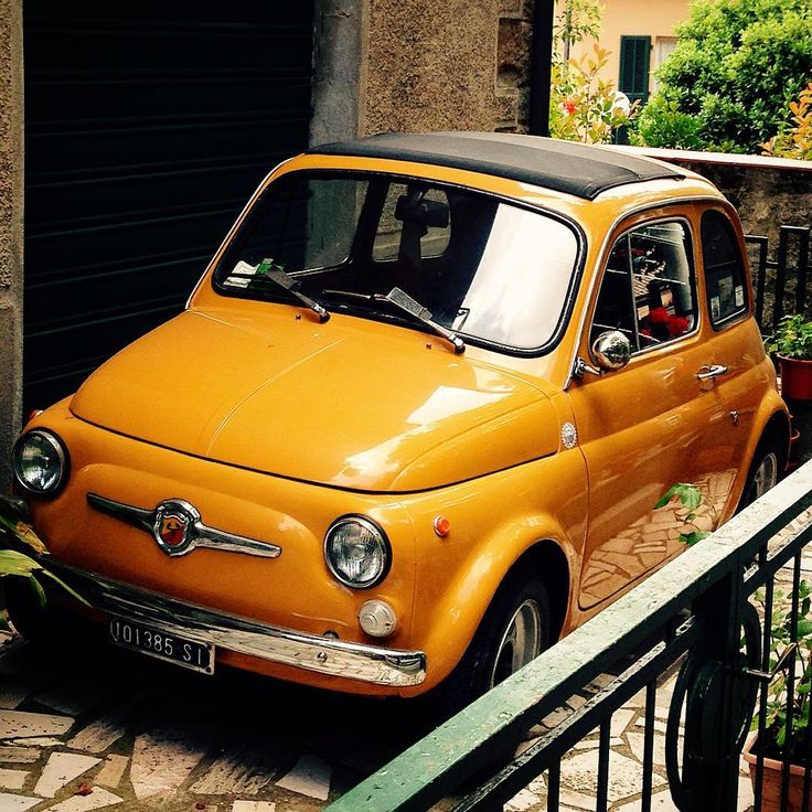 Is that a Fiat 500 on your balcony?