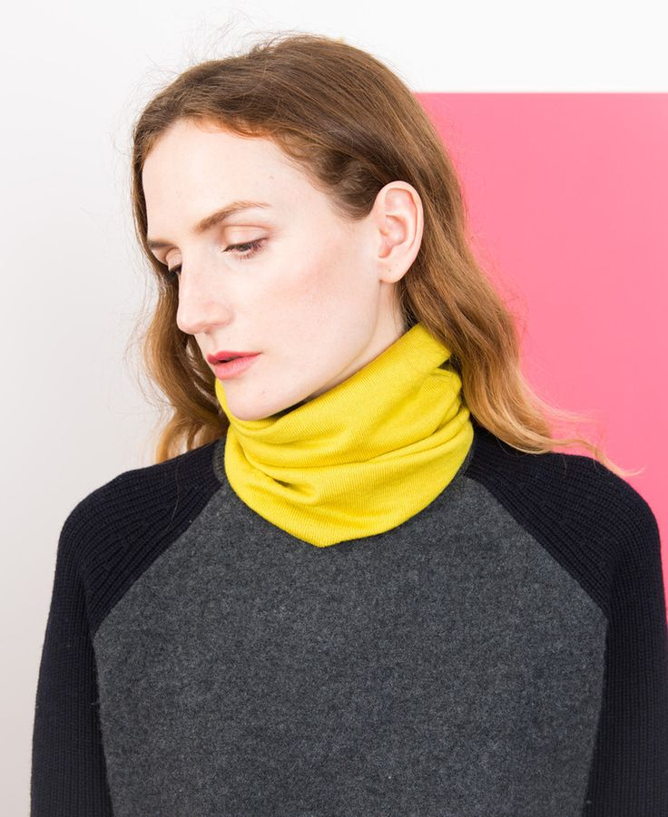 Merino Neckwarmer - Pollen // Findra 100% merino slim neckwarmer. Light enough for performance riding and warm enough for chilly Spring mornings. On thecyclingstore.cc now