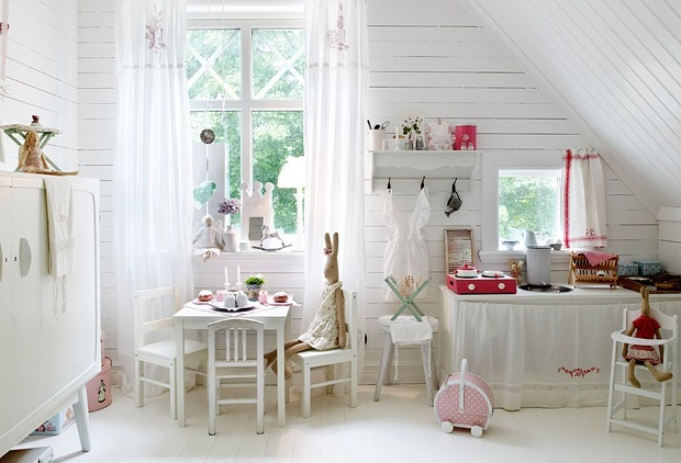 girl playroom, white + pink; photo: Jonas Ljungberg, via BoligPLUSS