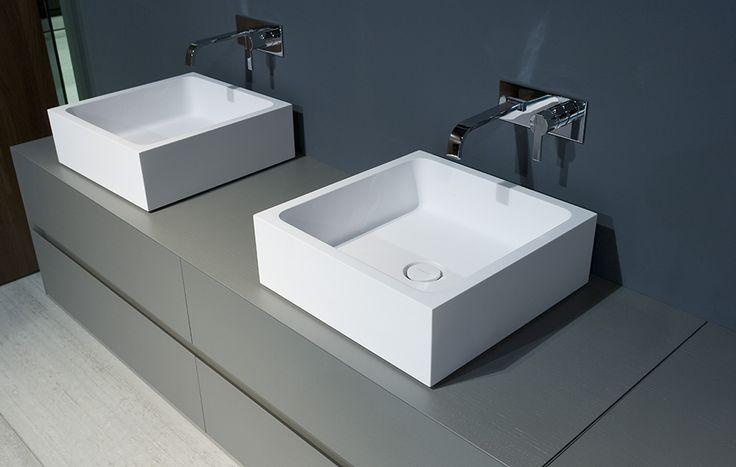 mobili bagno self da bagno wc arredamento corian ceramica mosaico mobili