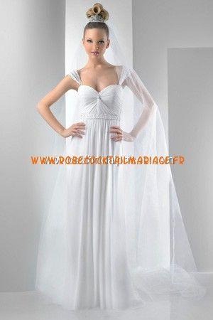 Bari Jay White Robe de Mariée - Style 2012