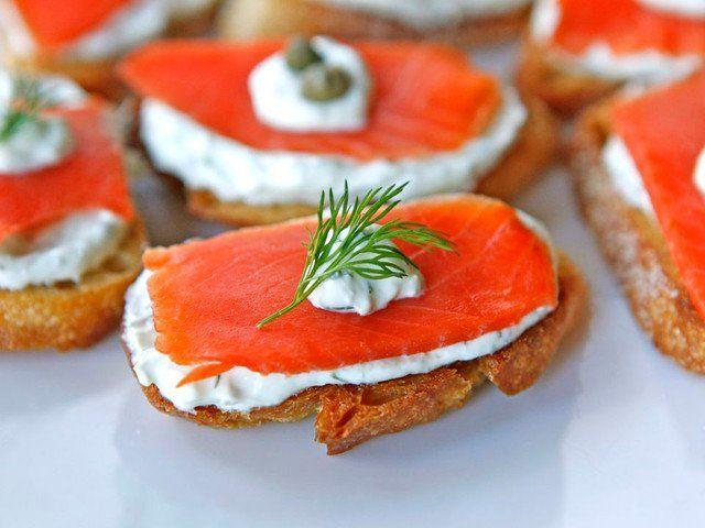 Smoked Salmon Crostini - Easy Appetizer Recipe