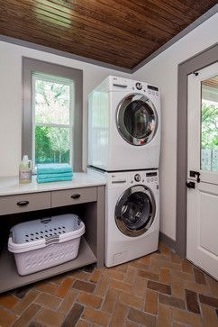 KW to SP: Laundry floor and cabinetry color? Craftsman Revived - transitional - Laundry Room - Austin - CG&S Design-Build