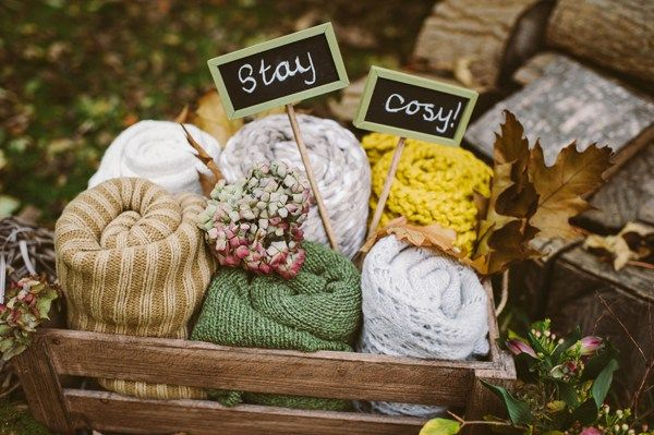 Blankets Woodland Boho Wedding Ideas http://www.karenflowerphotography.com/