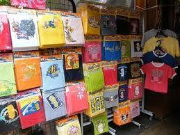 Souvenirs T-shirts for you? Check it out at http://www.singaporecitytour.com.sg