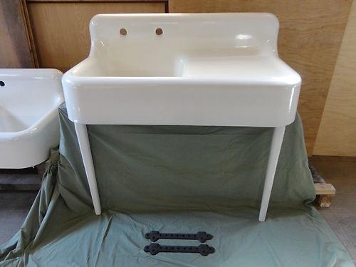 antique drainboard cast iron farm farmhouse kitchen sink with legs vintage - Retro Kitchen Sink