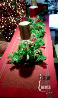 Camino de mesa tejido en telar de contramarcha. Christmas runner handwoven on Countermarch loom.