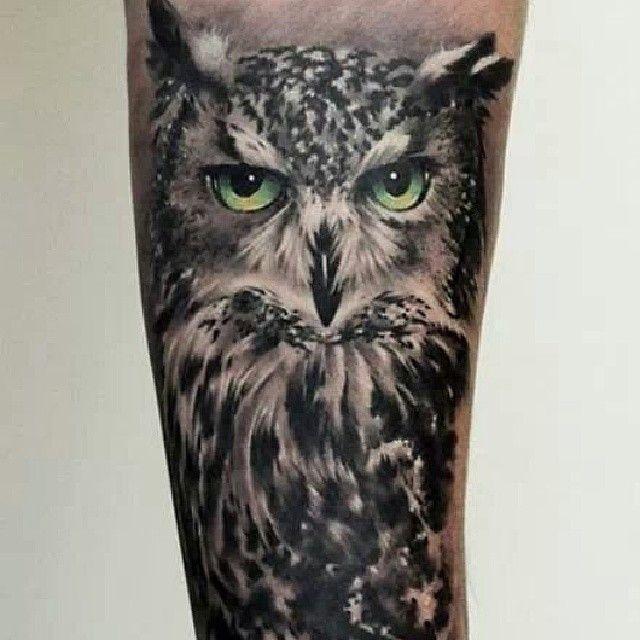 Realistic owl tattoo by our guest artist Tomek Major Dworniak If you like this tattoo - feel free to share it! #ink #tattoo #reaistictattoo #blackandgraytattoo #edinburghtatto #dundeetattoo #glasgowtattoo #scotlandtattoo #owl