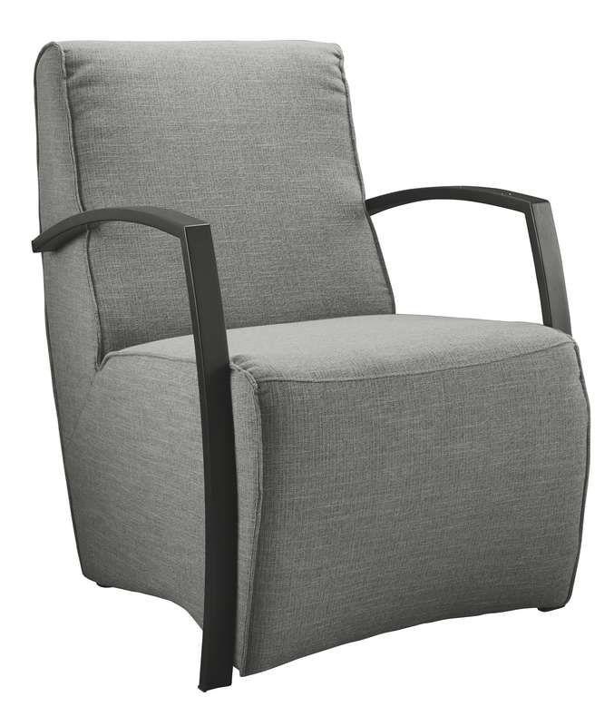 Fauteuil Metal. Stoere fauteuil met een moderne vormgeving en krachtige belijning.  Mooi en praktisch en met een uitstekend zitcomfort. Standaard is  deze fauteuil uitgevoerd met chromen armen maar tegen een kleine  meerprijs kan men ook kiezen voor RVS- of mat zwarte armen.