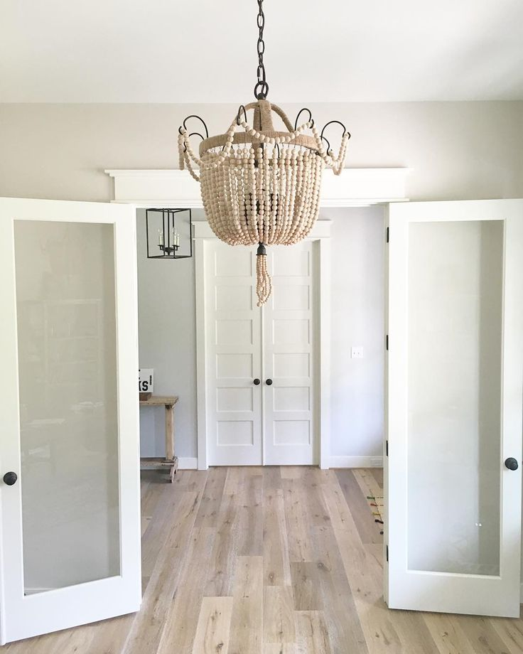 Best 25 pale oak benjamin moore ideas on pinterest for Best light neutral paint