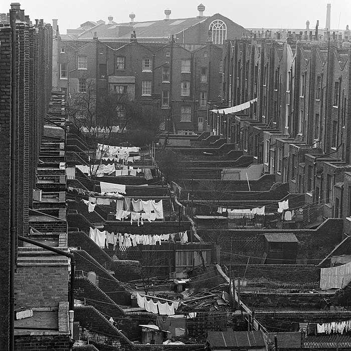Terraced Backyards in Islington in the 1960′s