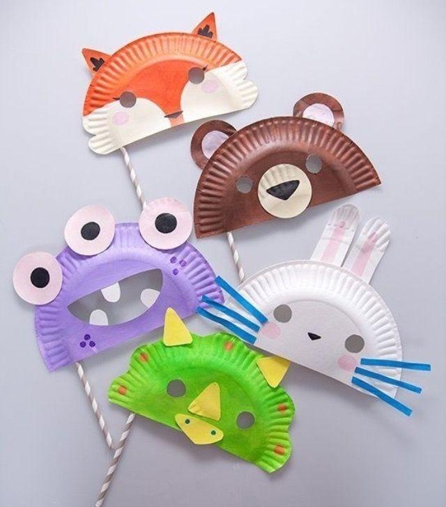 Máscaras criativas feitas de pratos descartáveis!