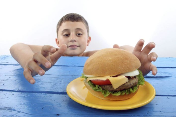 Детское ожирение: причины, когда возникает, классификация, чем опасно, фото, лечение по Комаровскому, диета, профилактика, отзывы
