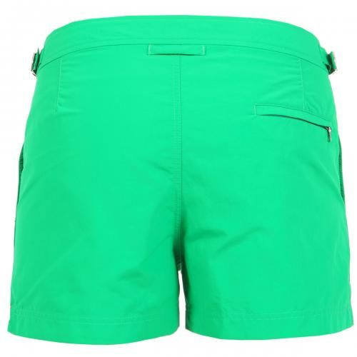 SPRINGER GREEN NYLON BOARDSHORTS Springer green nylon swim shorts with two front pockets and back zippered pocket. Side adjustable straps with metal buckle. Internal net. Snap button and zipper closure. COMPOSITION: 100% POLYAMIDE. Internal net: 100% POLYESTER. Model wears size 32 he is 189 cm tall and weighs 86 Kg.