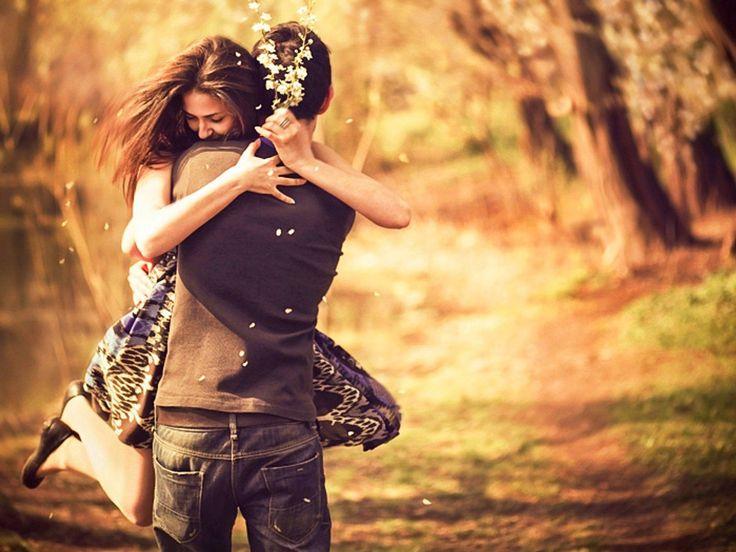 Мне нравятся люди которые не стыдятся своих чувств... Не сдерживают поцелуи  объятия шутки улыбки  привязанность любовь...