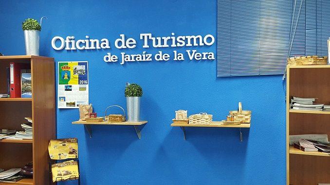 El Ayuntamiento de Jaraíz de la Vera informa a los vecinos de la localidad sobre el nuevo horario establecido para la Oficina de Turismo.
