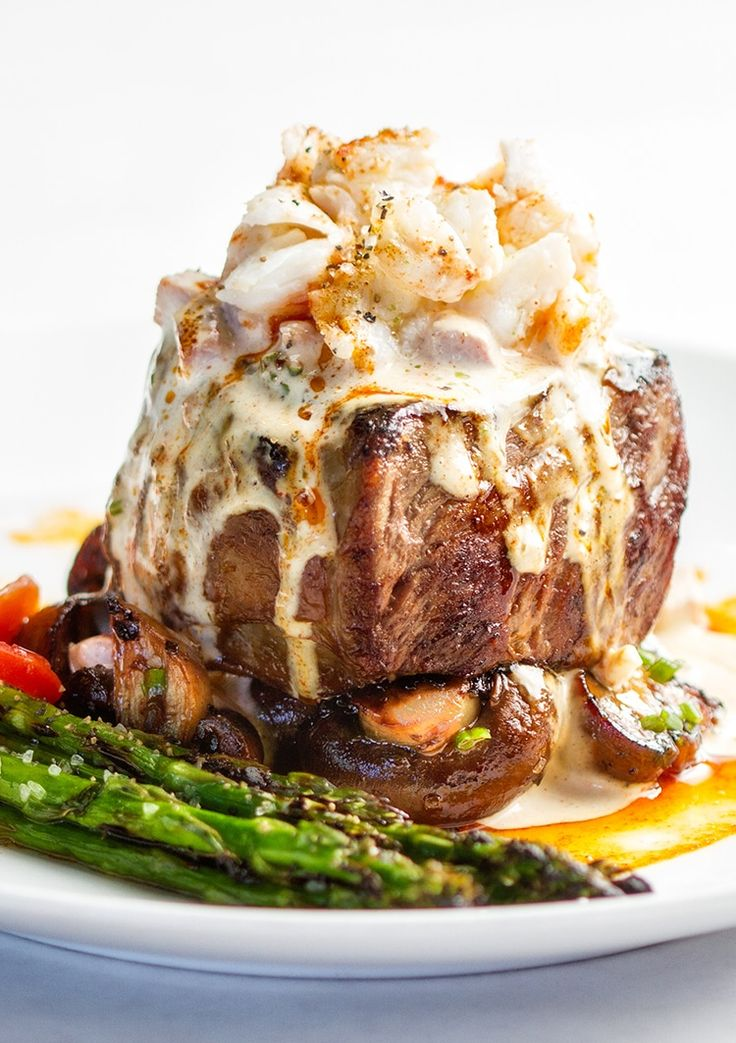 This absolutely decadent steak oscar recipecombines 4 of my favorite foods; a darn good steak, crab, asparagus and Hollandaise sauce. And yes, Hollandaise IS a food all by itself, or so it is in my