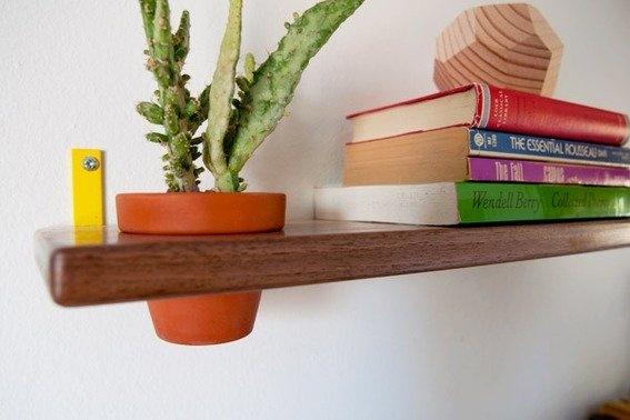 Modern DIY Floating Planter Shelves, good idea. X