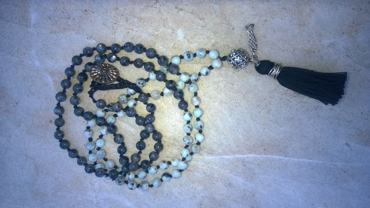 Black and white nephrite necklace