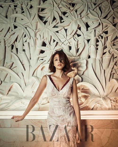 人気モデルSHIHOの韓国では3度目となるランジェリーグラビアが公開された。ファッションマガジン「Harper's BAZAAR」はヨーロッパのプレミアムランジェリーブランド「CHANTY」の201… - 韓流・韓国芸能ニュースはKstyle